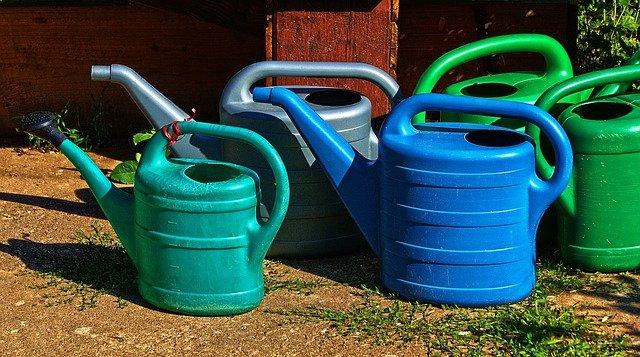 Zbiorniki bezodpływowe z tworzywa sztucznego – wady i zalety