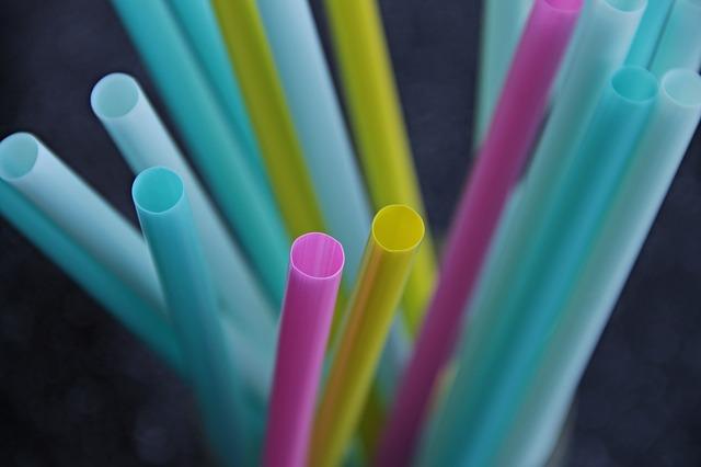 Tworzywo uniwersalne – plastik